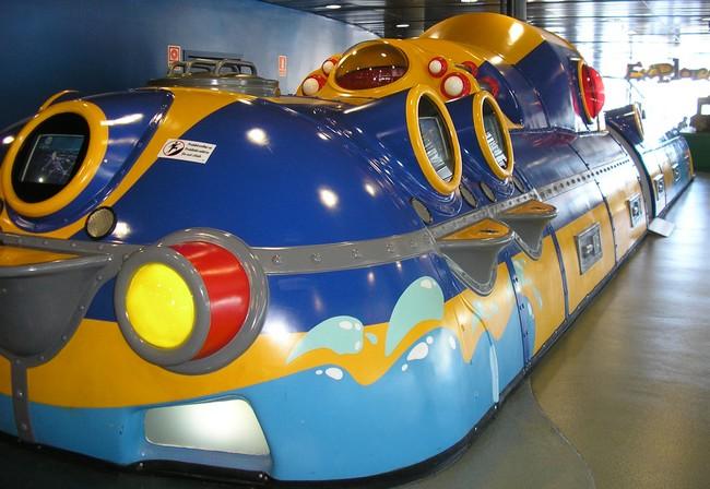 Peperland , Yellow submarine , ....Peter Blake - Page 2 Yellowbarcelone1